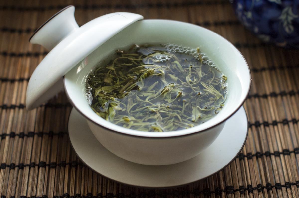 Чай Би Ло Чунь фото