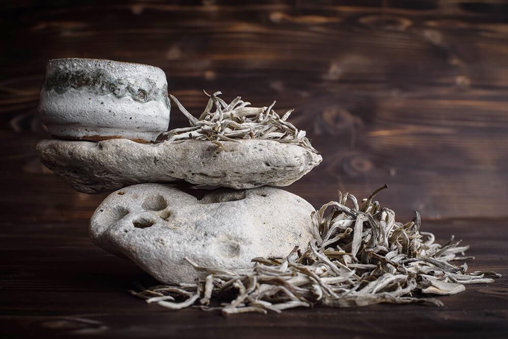 Белый чай с вьетнамских деревьев купить фото