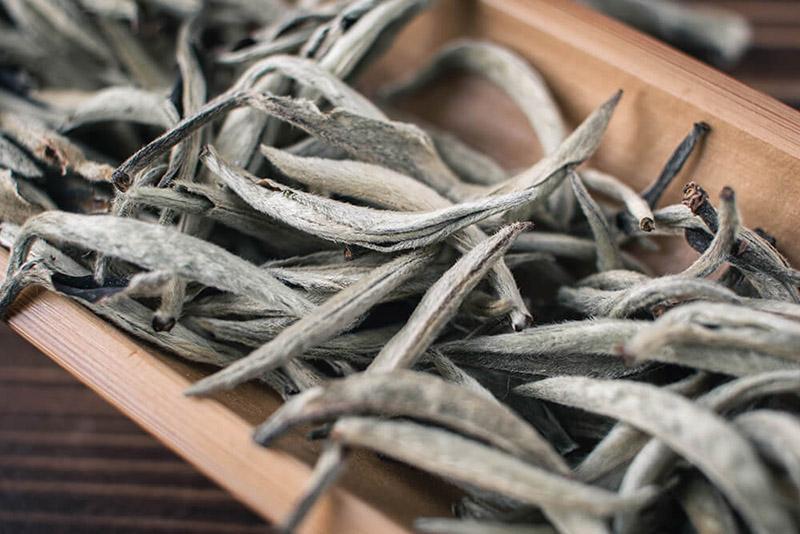 Белый чай Юньнань купить фото