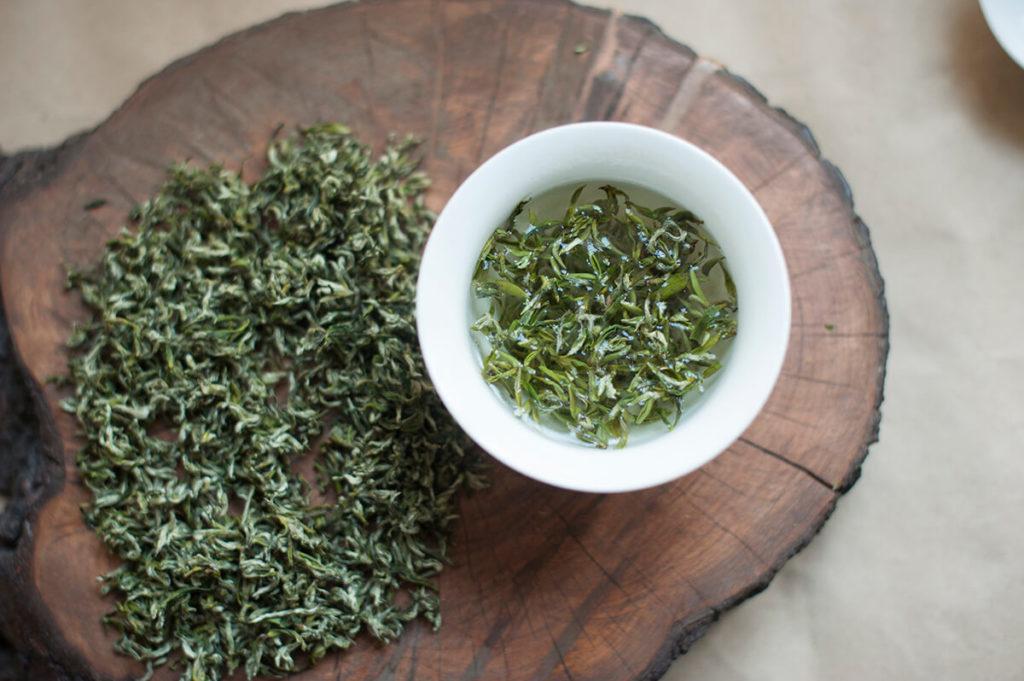 Gang Lu tea green