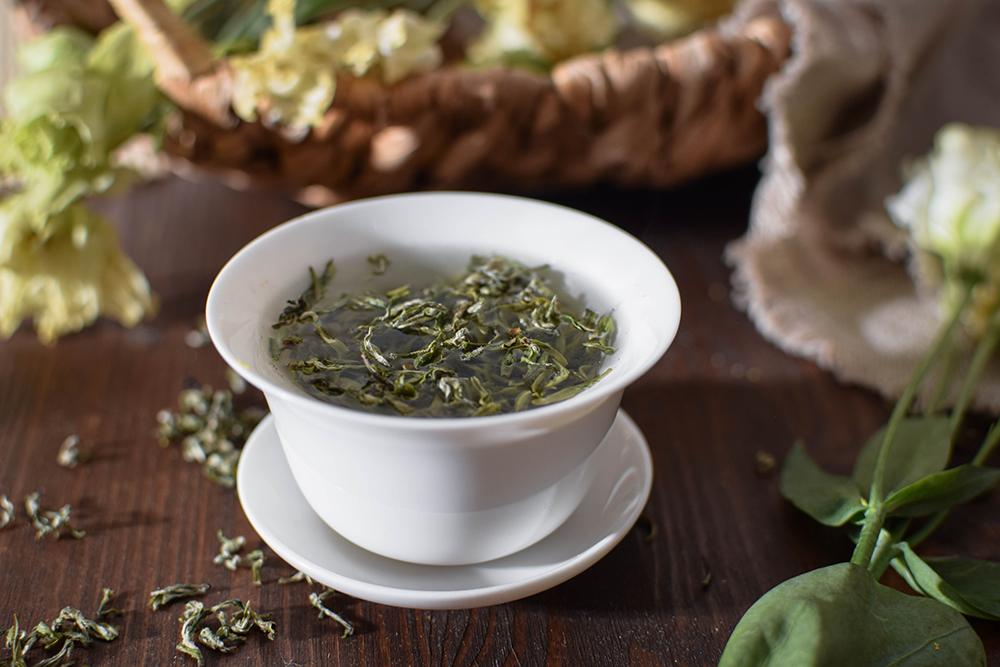 Green Fresh Bi Lo Chun tea